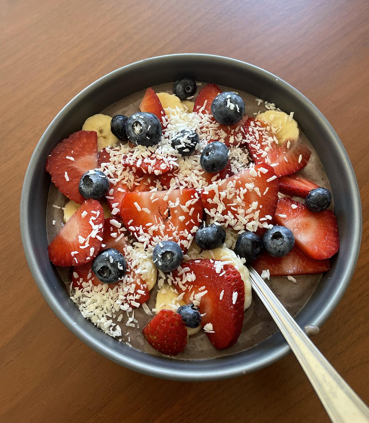 Vegan Acai Bowl Recipe by Anjelica and Ryan